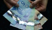The Tipping Point for Polymer Banknotes